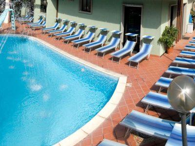executive-la-fiorita-con-piscina